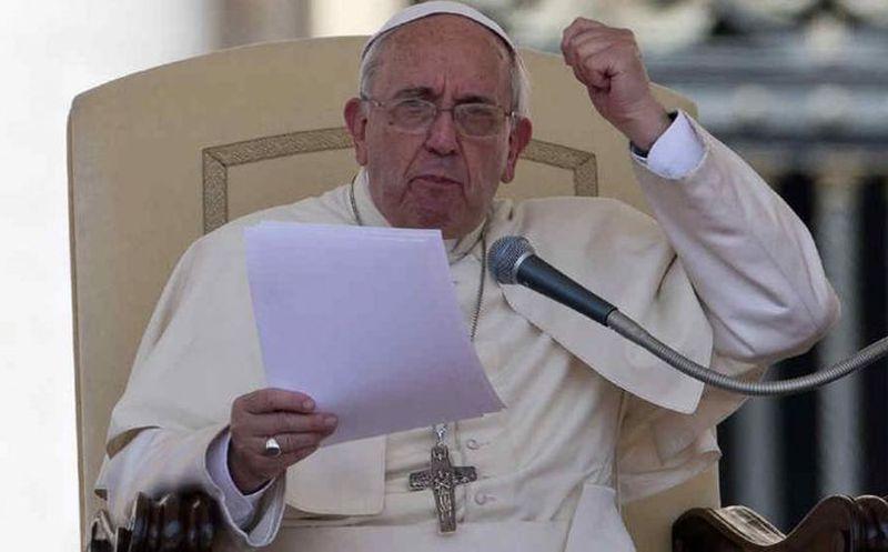 El Papa pide perdón a las víctimas de sacerdotes pederastas