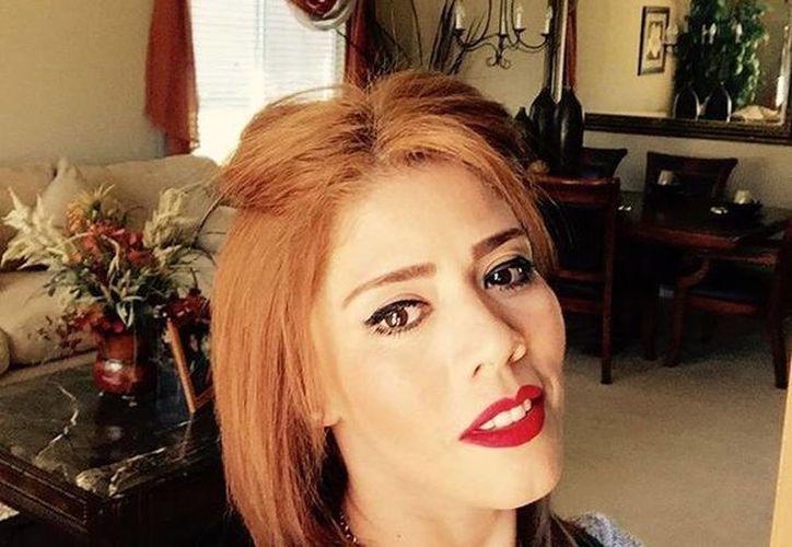 Rosa Isela Guzmán aseguró que viajará a México para visitar a 'El Chapo', ya que según ella el capo quiere verla. (proceso.com.mx)