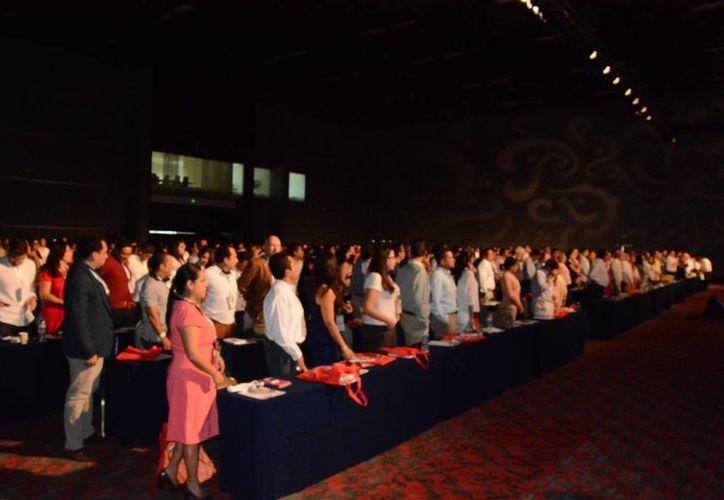 En el evento estuvieron presentes más de mil 200 personas. (Victoria González/SIPSE)