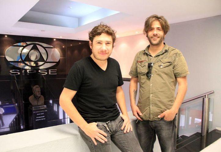 Integrantes de la banda visitaron MILENIO NOVEDADES. (José Acosta/SIPSE)