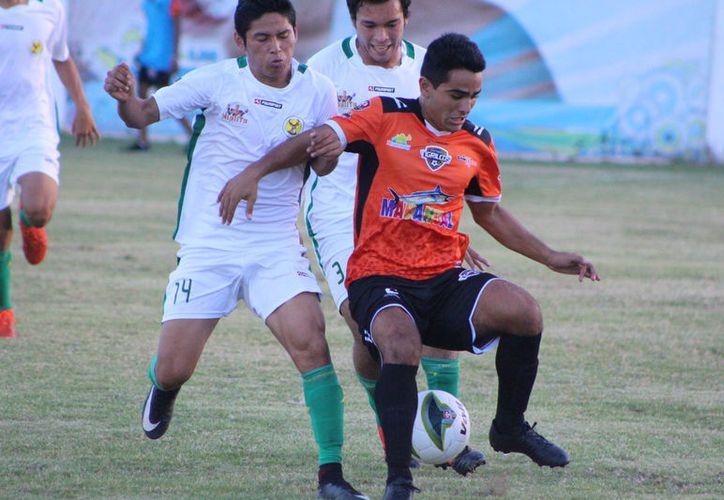 Deportiva Venados se mantiene en la cima de la competencia con 46 unidades, los Tigrillos de Chetumal actualmente ocupan la casilla 11. (Miguel Maldonado/SIPSE)