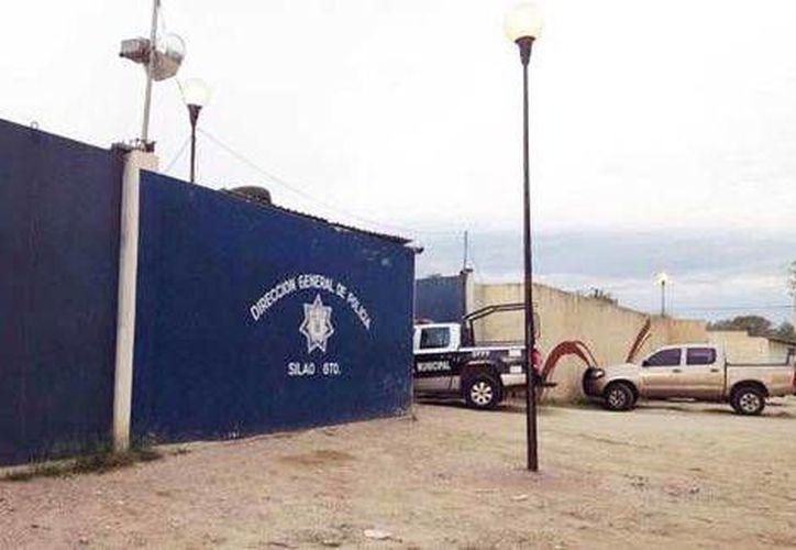 Instalaciones de la Policía Municipal de Silao, en Guanajuato. Altos mandos policiacos están implicados en la agresión contra una reportera. (Milenio)