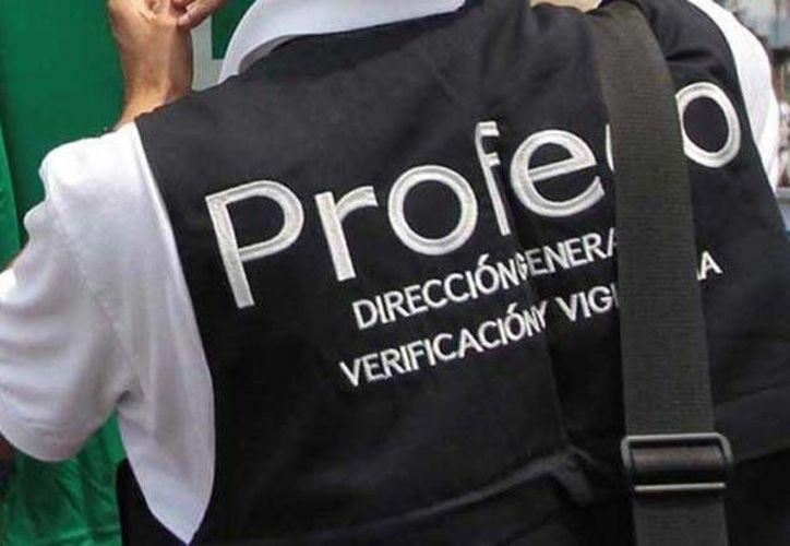 La Profeco realiza el operativo 'Verano 2016' en Playa del Carmen. (Contexto)