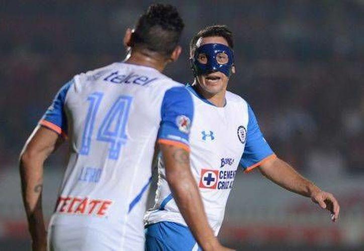 Cruz Azul se aleja de la liguilla, luego de perder ante un flojo Veracruz en el inicio de la jornada 15 de la Liga Mx. (Foto tomada de Milenio Digital)