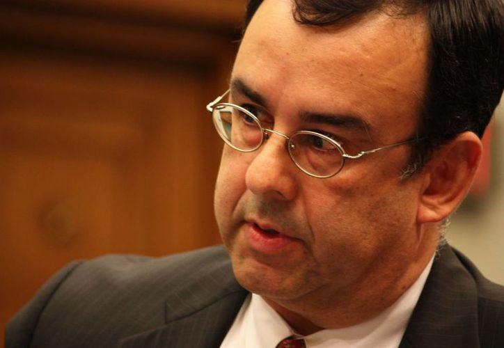 Entre los acusados se encuentra el director de la Oficina Ejecutiva de Revisión Inmigratoria, Juan Osuna. (mainjustice.com)