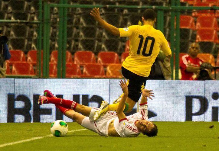 Sobre el partido del Tricolor ante Jamaica, el DT del América lo consideró 'malísimo'. (Archivo Notimex)