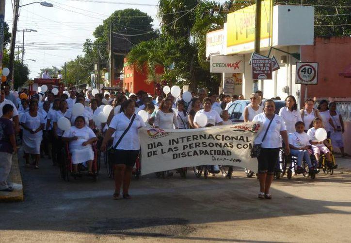El evento fue encabezado por las autoridades municipales. (Raúl Balam/SIPSE)