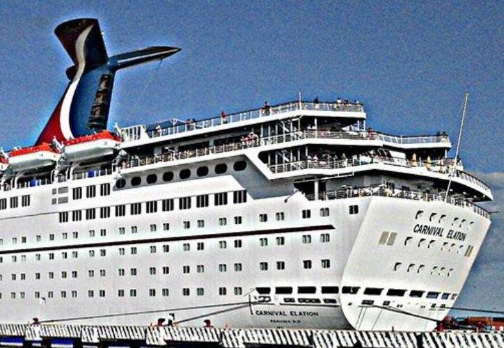 El crucero Carnival Elation que llegó a  Progreso, zarpó con destino a Nueva Orleans esta tarde.