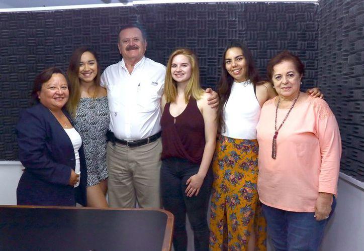 """El espectáculo """"Viva la Gente"""", integrado por 100 jóvenes de 20 países, llega a Yucatán para compartir su mensaje y apoyar acciones altruistas de los Rotarios . (Milenio Novedades)"""