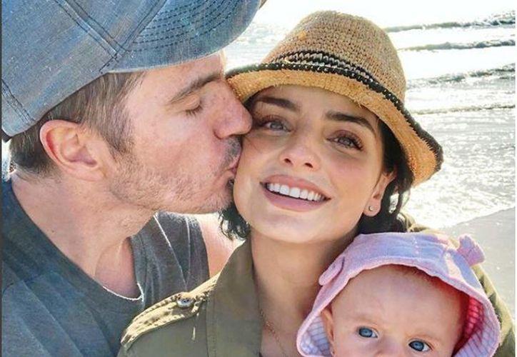 El matrimonio suele compartir con sus fans imágenes de su romance y su recién llegada hija Kailani. (Instagram)