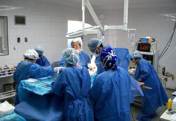 La Clínica Universitaria Anáhuac-Mayab es uno de los centros de salud más confiables y con mayor demanda de personas tanto de Mérida como del interior del Estado. (Foto de archivo de SIPSE)