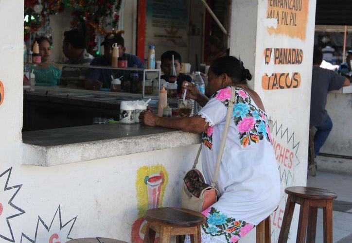 El crecimiento de la población de Cozumel, Cancún y Playa del Carmen, ha provocado que la población indígena se concentre en esos centros. (Joel Zamora/SIPSE)