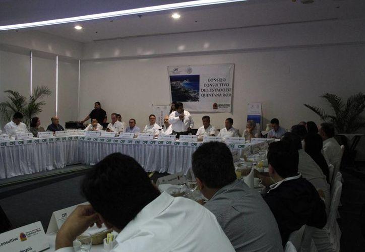 La CFE realizó su reunión bimestral en el Centro de Convenciones de Cancún. (Tomás Álvarez/SIPSE)