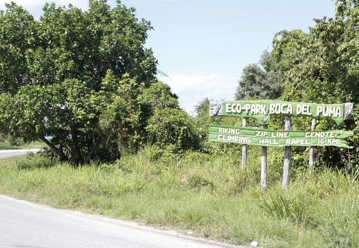 Algunos de los establecimientos cobran por el acceso a los cenotes del lugar, sin contar con los permisos necesarios. (Tomás Álvarez/SIPSE)