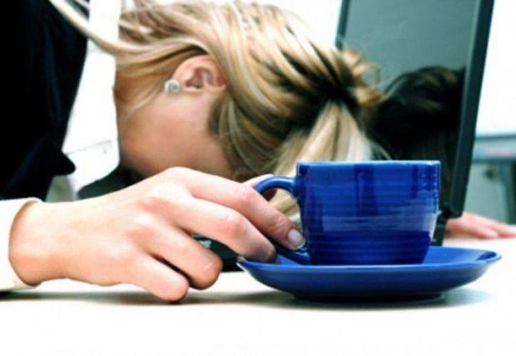 El agotamiento y los mareos son síntomas de los infartos silenciosos. (managementjournal.com)