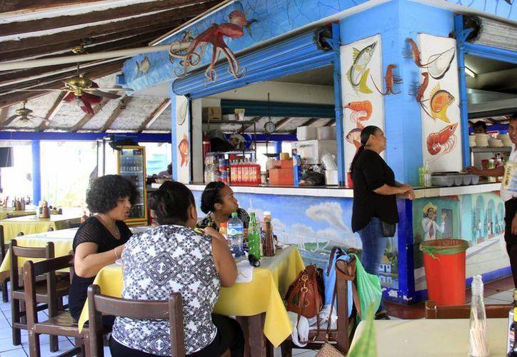 La publicidad generará una mayor derrama económica en los restaurantes. (Luis Soto/SIPSE)