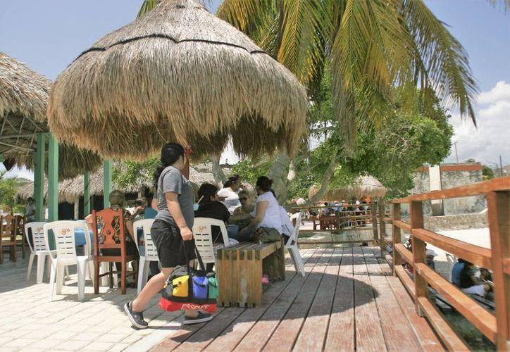 En Quintana Roo hay 60 mil negocios con venta de alimentos. (Carlos Horta/ SIPSE)