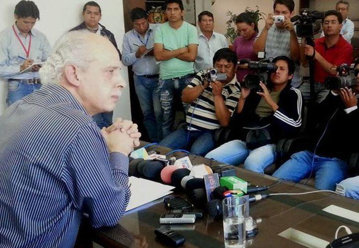 Carlos Chávez lleva ocho años al frente del futbol boliviano y fue reelegido para otros cuatro, fuertemente cuestionado por grandes clubes de futbol por malos resultados. (fbf.com.bo)