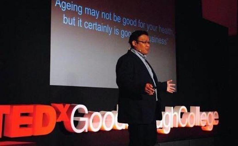 José Castillo Quan realiza sus estudios en la Universidad de Harvard, en donde está dedicado a encontrar la fórmula para retardar el proceso celular del envejecimiento. (Twitter/ @CastilloQuan_JI)