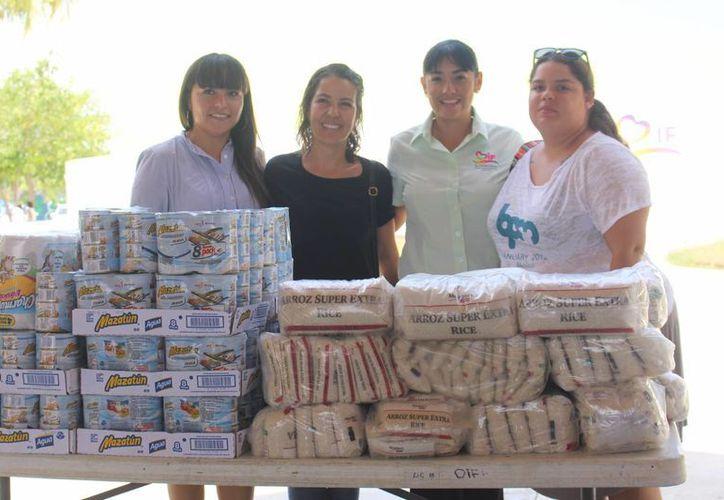 2 mil 100 despensas se entregan mensualmente a familias de escasos recursos. (Luis Ballesteros/SIPSE)