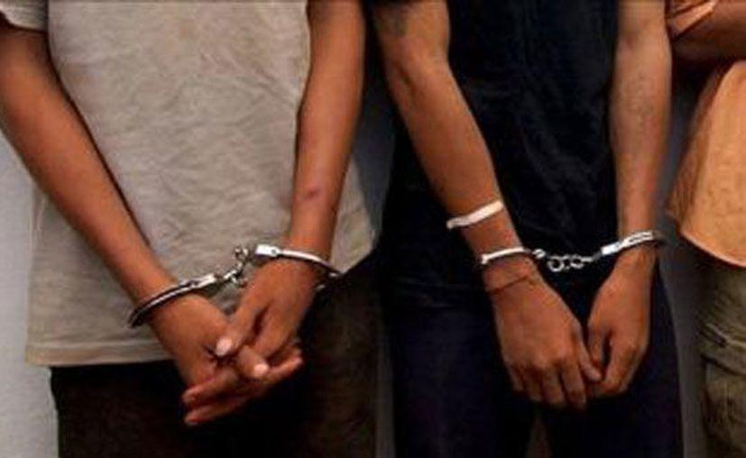 El juez los sentenció al encontrarlos culpables de posesión de marihuana. (Contexto/Internet).
