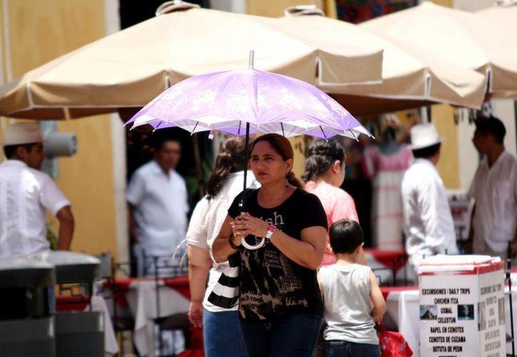 Pese a los pronósticos de lluvias se espera que continúen las altas temperaturas. (Christian Ayala/SIPSE)