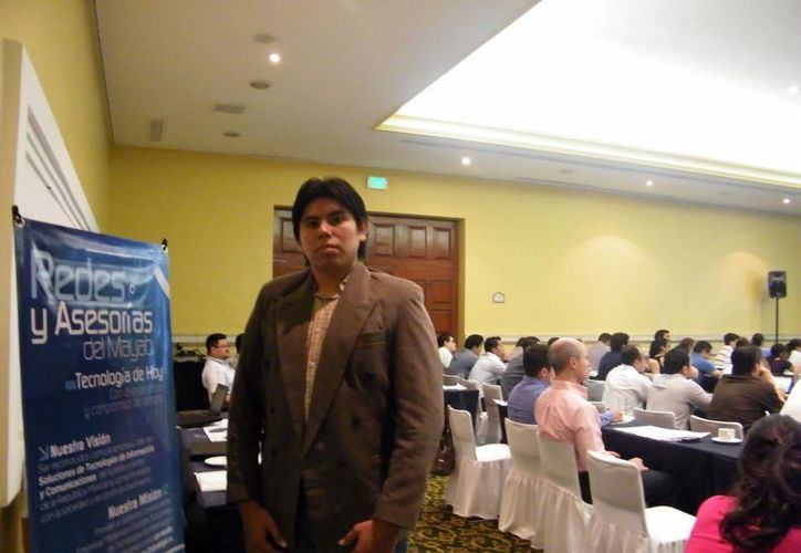 José Moguel Chalé, de Microsoft en Yucatán, dijo que los negocios que utilicen software ilegales podrían ser sancionados. (Juan Albornoz/SIPSE)