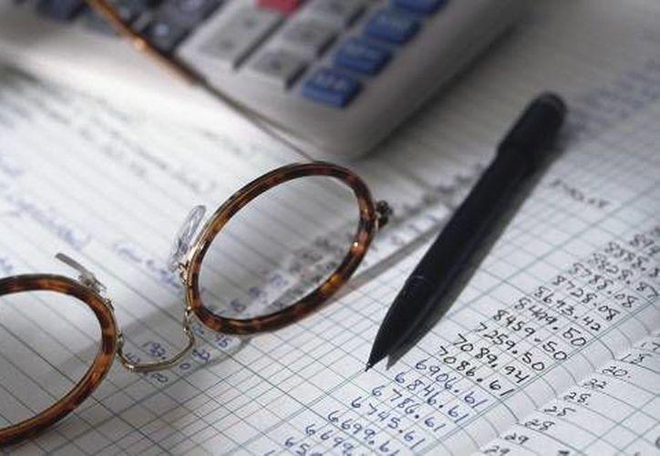Para mantenerse actualizado cada contador debe invertir entre 60 mil y 80 mil pesos al año. (Internet/losimpuestos.com.mx)