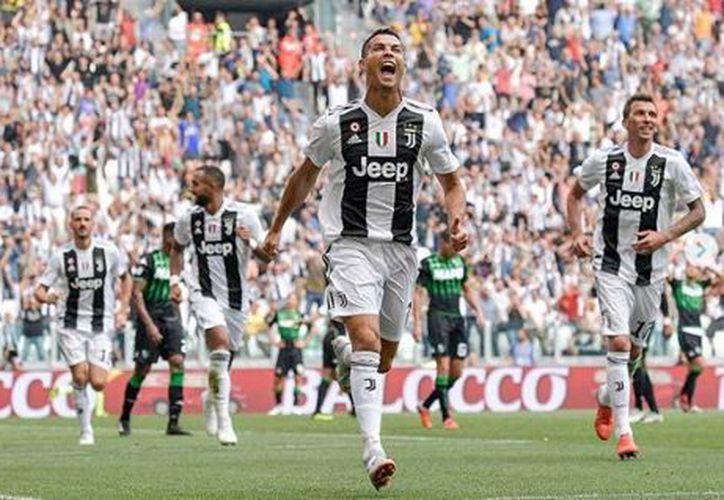 El Comité de la UEFA descartó agresión y apenas castigó con un cotejo a Ronaldo. (Instagram)