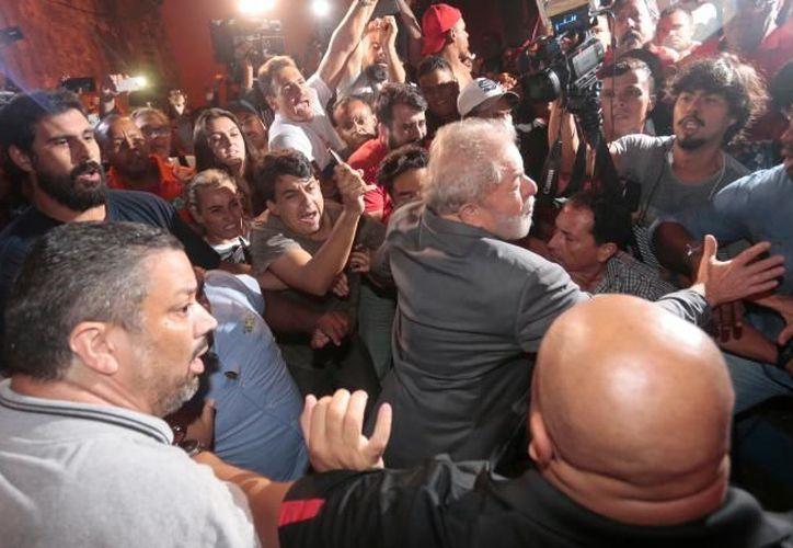 Luiz Inácio Lula da Silva se ha entregado a la justicia brasileña. (Reuters)