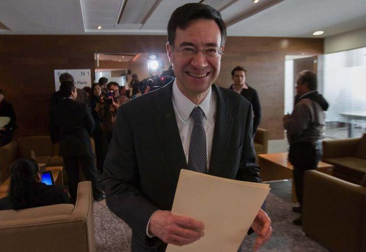Gerardo Laveaga, con pocos días como titular del IFAI, fue condecorado por el gobierno de Francia. (Notimex/Foto de archivo)