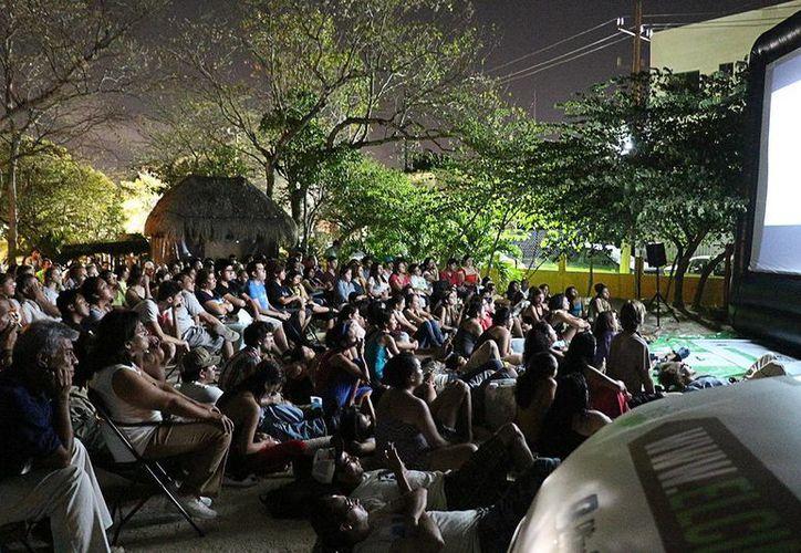 La cita es este viernes a las 8 de la noche en el Cine Club. (Adrián Barreto/SIPSE)