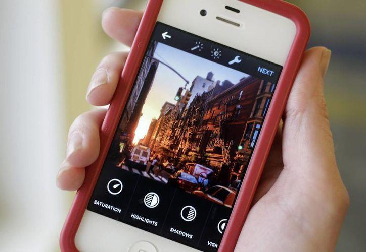 Instagram cuenta actualmente con 300 millones de usuarios activos. Detrás de esta aplicación se encuentra Snapchat, con unos 100 millones. (Archivo/AP)