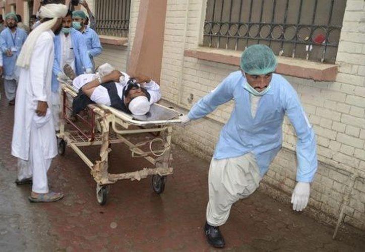 El ataque fue perpetrado contra el vicepresidente del Senado paquistaní, Abdul Ghafoor Haideri. (Reuters).