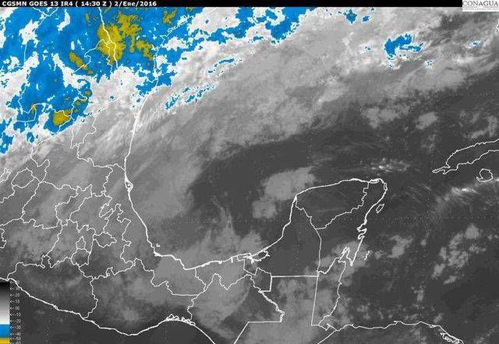 En la Península de Yucatán se prevé cielo despejado por la mañana con incremento de nubosidad por la tarde, potencial de lluvias fuertes de 60 por ciento en Campeche y Quintana Roo, así como lluvias aisladas en Yucatán. (SMN Conagua)