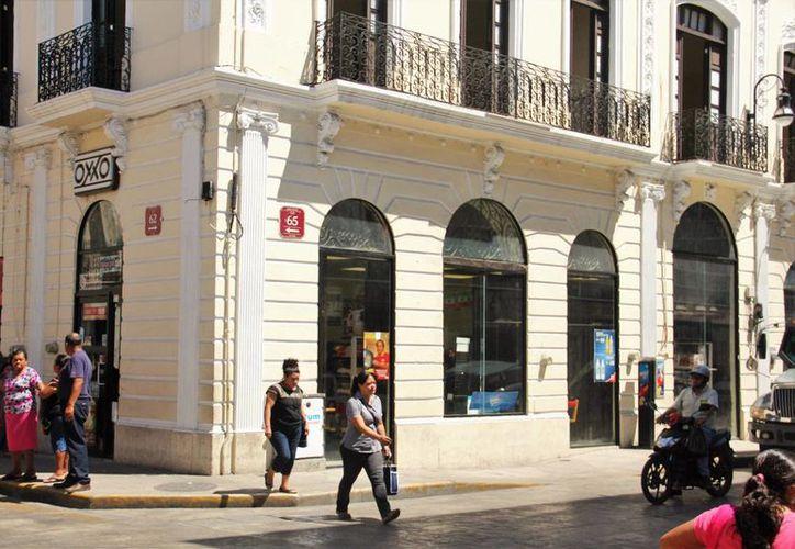Los usuarios podrán recibir la cantidad máxima de 11 mil 600 pesos por transacción, edn tiendas Oxxo. Imagen de una sucursal en Mérida, Yuc. (Foto Uziel Góngora/SIPSE)
