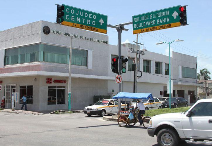 Aguilar Laguardia es uno de los cuatro señalados en la denuncia penal presentada por Manuel Palacios Herrera, titular de la Auditoría Superior del Estado. (Joel Zamora/SIPSE)
