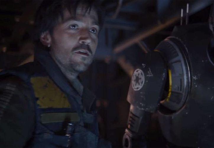 El actor mexicano Diego Luna actúa en la cinta 'Star Wars: Rogue One'. (hollywoodreporter.com)