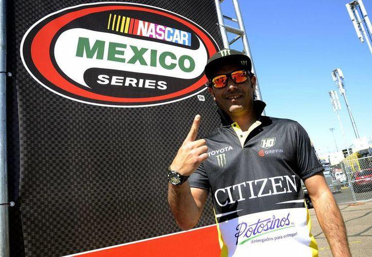 Rubén Pardo volverá, como el año pasado, a abrir la Serie Nascar México, aunque el año pasado no la ganó. (Milenio)