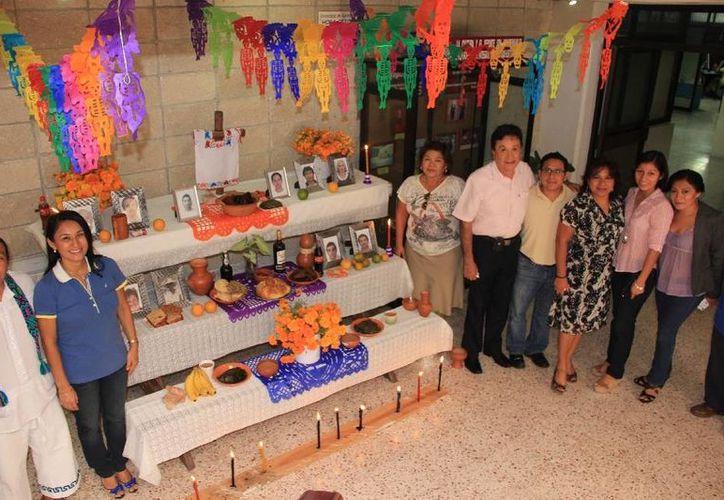 """El """"Hanal pixán"""", o comida de las ánimas, es una tradición del pueblo. (Cortesía/Uqroo)"""