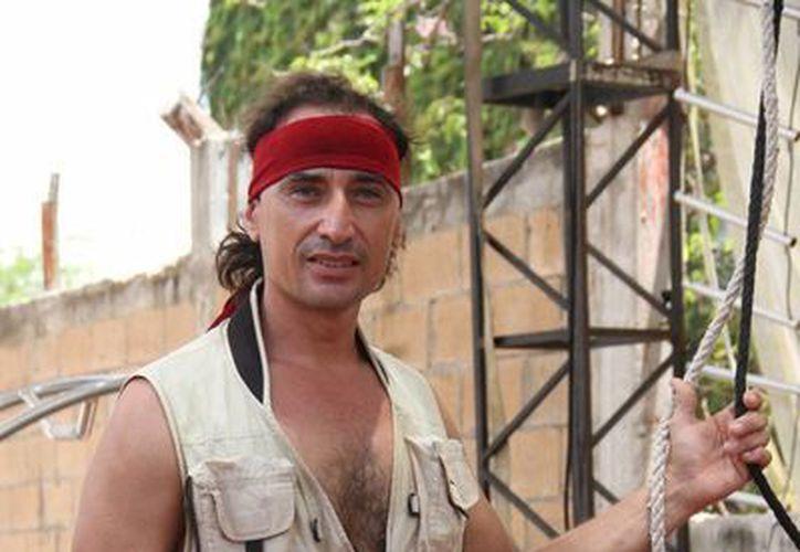Jordán de la Madrid estudió en el Escuela Nacional de Circo y Variedades de la Habana, Cuba. (Consuelo Javier/SIPSE)