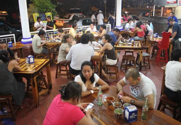 Los más beneficiados son los restaurantes y tiendas departamentales entre otros. (Foto: Contexto/Internet)