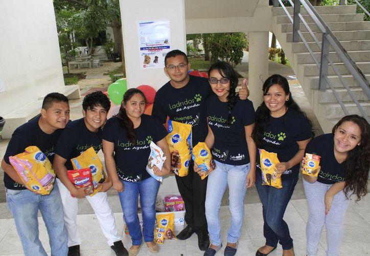 La idea es de un grupo de alumnos del séptimo semestre de la carrera en Innovación Empresarial. (Sergio Orozco/SIPSE)