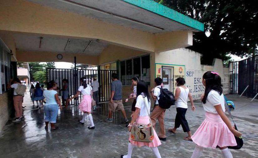 En lo que va de la presente administración del Ayuntamiento de Mérida se ha invertido 14 millones en el programa de becas. (Archivo/Sipse)