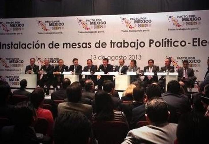 Las siete mesas estarán integradas por diputados, senadores y representantes del gobierno federal. (Twitter)