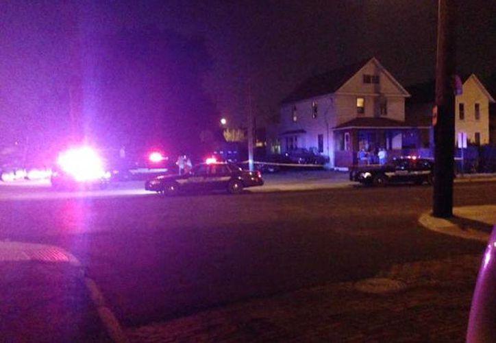 Imagen de la policía de Clevaland en el lugar de los hechos. (@wkyc)
