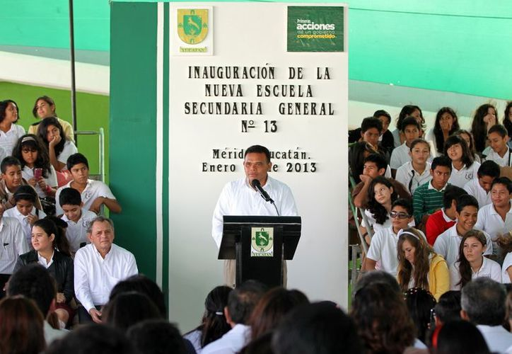 El gobernador aseguró que su gestión acercará la educación a todos los rincones del Estado. (Milenio Novedades)
