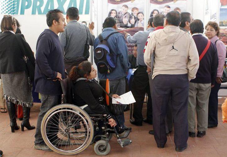Unos 184 mil trabajadores discapacitados podrán calificar a un crédito de vivienda de Infonavit. (Archivo/Notimex)
