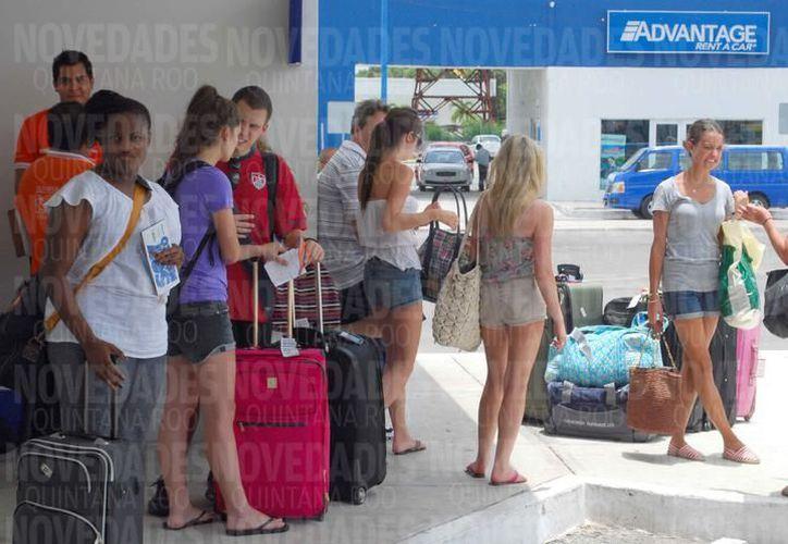 Bloqueos afectan la imagen del destino y la estancia del turista. (Foto: SIPSE)