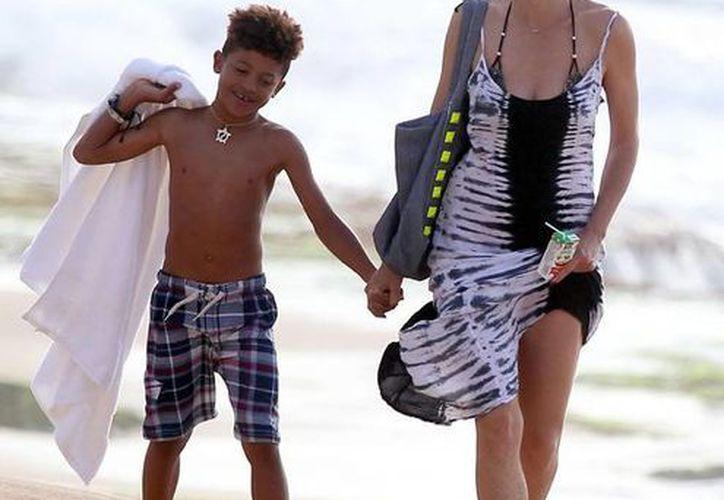 Heidi Klum no sólo ayudó a su hijo sino a dos niñeras. (Agencias)
